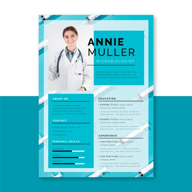 Photo and text medical resume template Free Vector