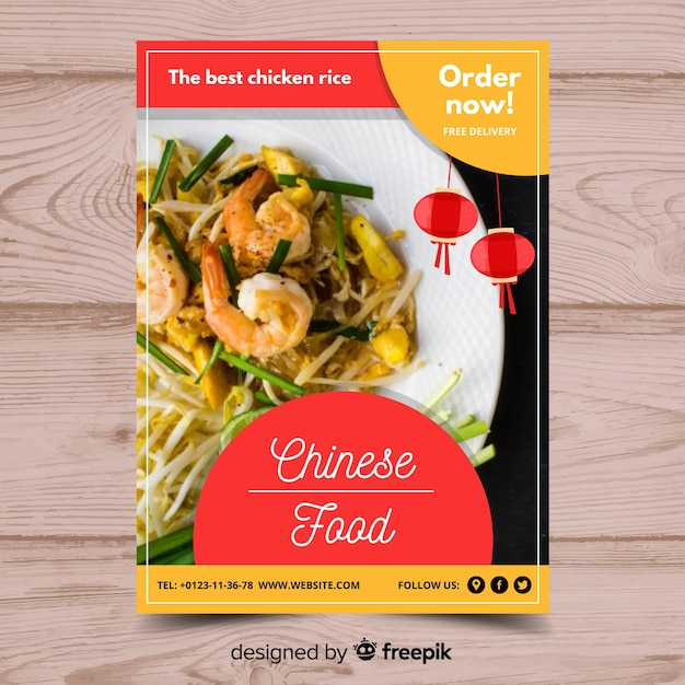 Photographic chinese food flyer Free Vector