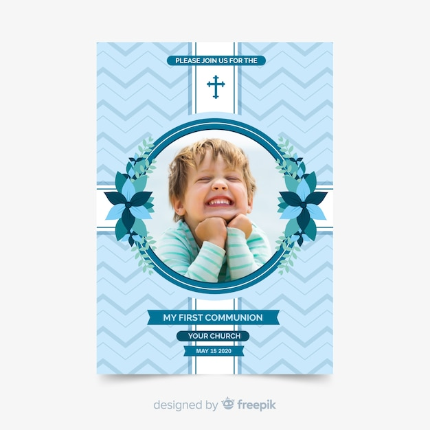 Photographic first communion invitation template Free Vector