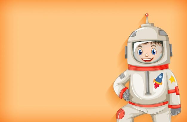 Modello di sfondo semplice con felice astronauta sorridente Vettore gratuito