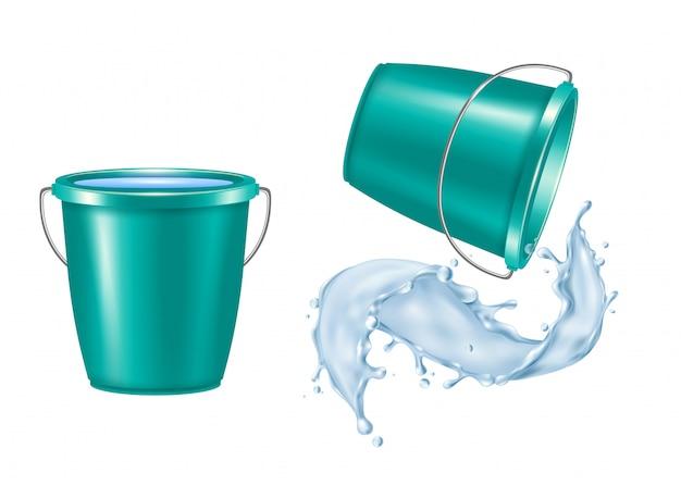 Пластиковое ведро реалистичный набор с льющейся водой, изолированных векторная иллюстрация Бесплатные векторы