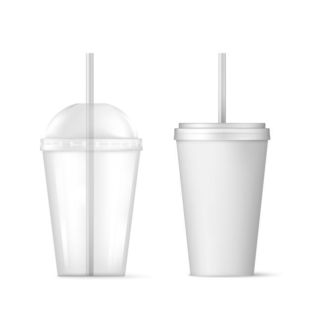 Пластиковый прозрачный одноразовый стаканчик с трубочкой. Premium векторы