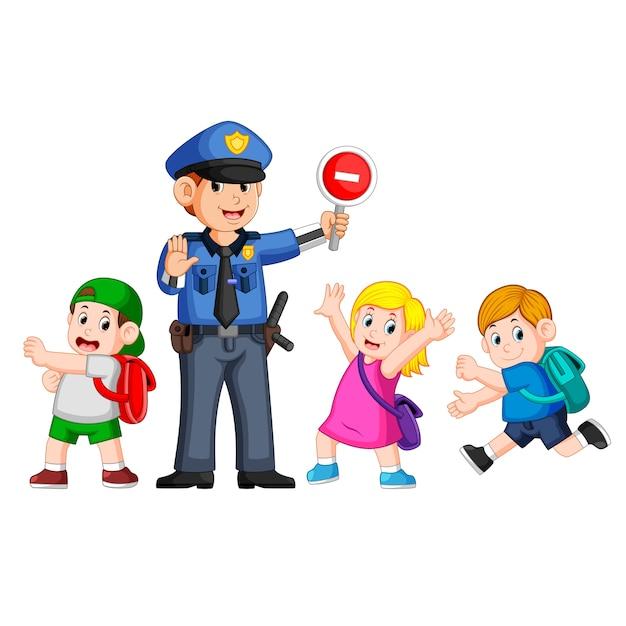 Полиция, используя вывеску для остановки, чтобы помочь детям пройти крест зебры Premium векторы
