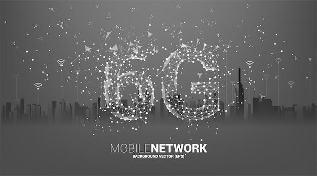 街の背景を持つポリゴンドットコネクトライン形状の6gモバイルネットワーク。携帯電話データ技術のコンセプトです。 Premiumベクター