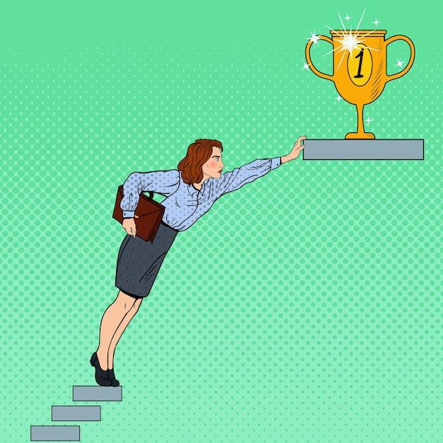ポップアートビジネスの女性が目標を達成しようとしています。 Premiumベクター