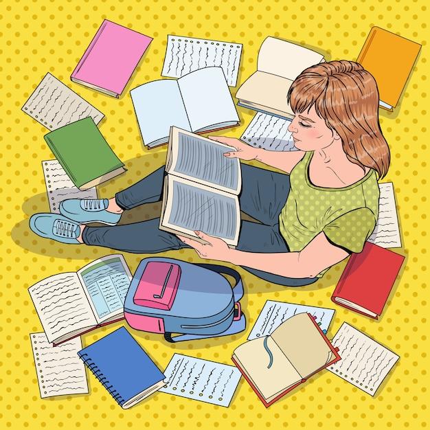 팝 아트 여성 학생 독서 책 바닥에 앉아. 시험을 준비하는 십대. 교육, 연구 및 문학 개념. 프리미엄 벡터