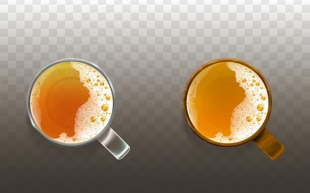 Реалистичное пиво в стакане, пенистый напиток вид сверху. золотая прозрачная спиртовая жидкость, эль Бесплатные векторы