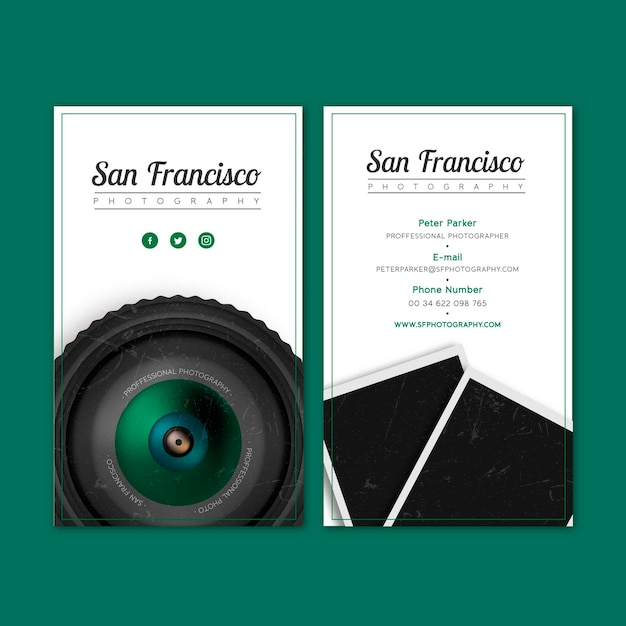 Realistic business card for a photography studio Free Vector