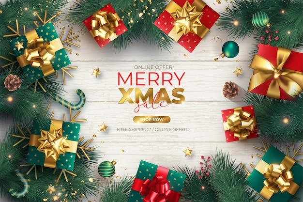 装飾品やプレゼントとリアルなクリスマスセールバナー 無料ベクター
