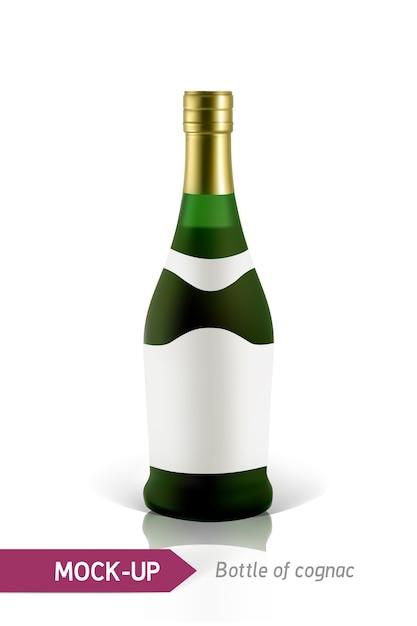 Реалистичные зеленые бутылки коньяка на белом фоне с отражением и тенью. шаблон для этикетки. Premium векторы