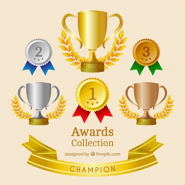 Realistic medals and trophies set Premium Vector