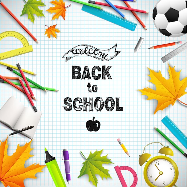 Реалистичная школьная пора иллюстрация с правителями цветные карандаши футбольный мяч кленовые листья транспортир укушенный яблочный будильник маркер книги на листе бумаги Бесплатные векторы