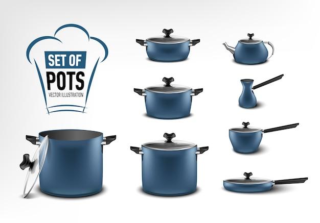 青いキッチン家電、さまざまなサイズの鍋、コーヒーメーカー、トルコ人、シチュー鍋、フライパン、やかんの現実的なセット Premiumベクター