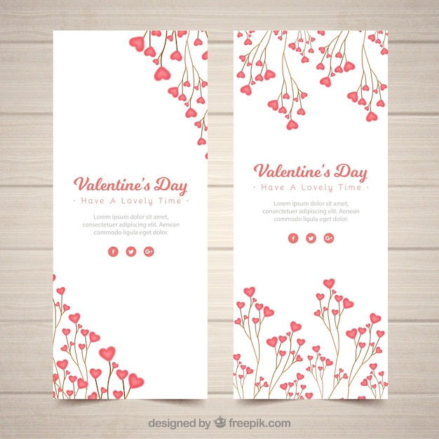 Realistic valentine's day banners Free Vector