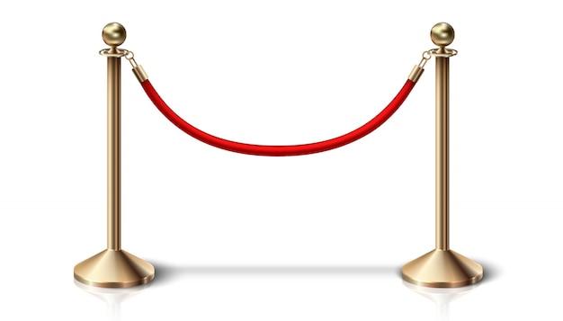 金色のディテールが施された赤いベルベットのバリアロープ。白い背景の上。 Premiumベクター