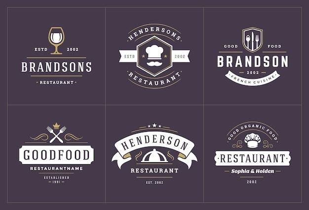 Шаблоны логотипов ресторанов устанавливают иллюстрацию, подходящую для этикеток меню и значков кафе. Premium векторы