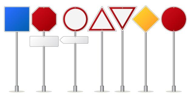 Набор дорожных знаков, дорожный знак и предупреждающий знак. пустые металлические доски внимания. Premium векторы