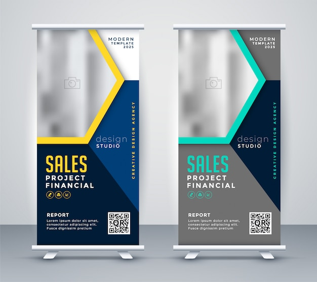 Roll uo banner standee in stylish modern theme Free Vector