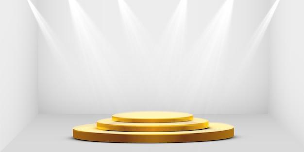 둥근 황금 연단, 받침대 또는 흰색 배경에 스포트 라이트로 조명되는 플랫폼. 디자인을위한 플랫폼. 현실적인 3d 빈 연단. 아름다운 조명이있는 무대. 프리미엄 벡터