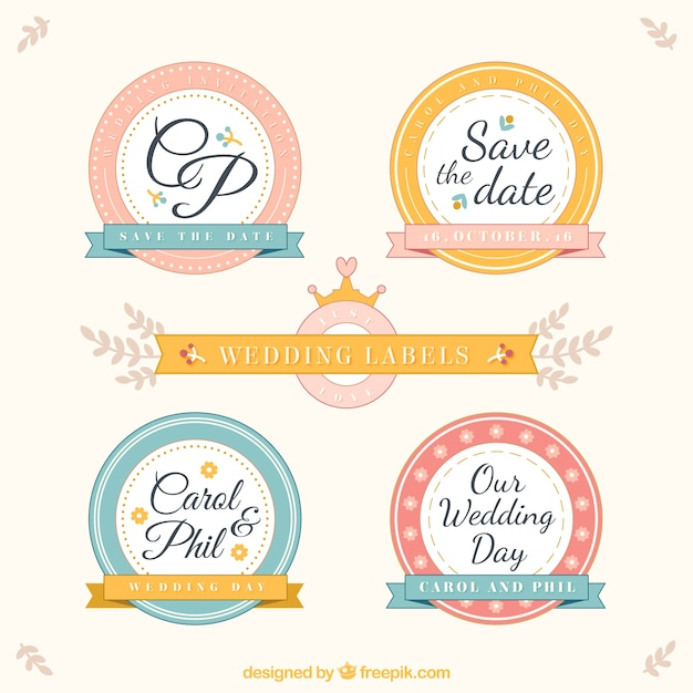 Rounded wedding labels in vintage style