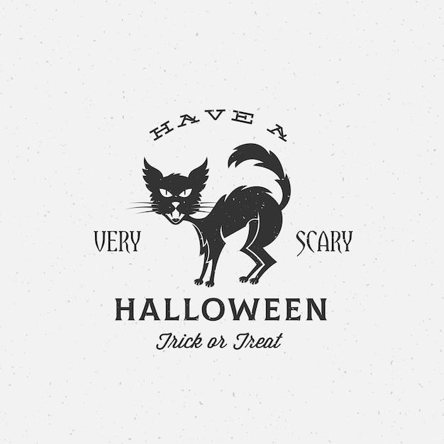 Etichetta di halloween spaventoso, emblema o modello di carta. texture shabby retrò. sagoma di gatto nero e tipografia vintage. Vettore gratuito