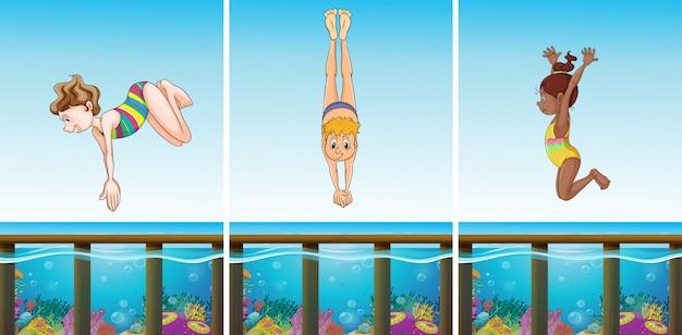 Scenes with people diving in the ocean Free Vector
