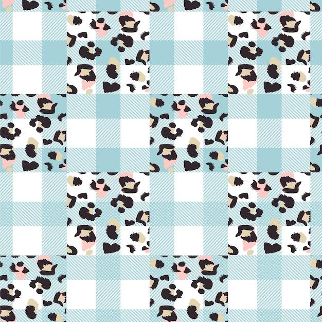 Seamless pattern with animal print Premium Vector