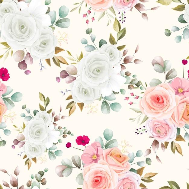 Бесшовный фон с красивым цветочным Бесплатные векторы