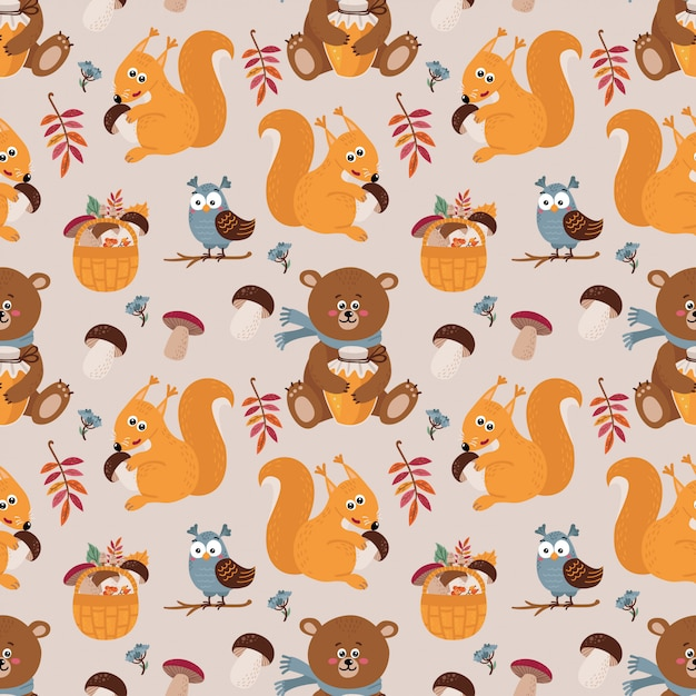 Seamless pattern with cute bears, squirrels, owls Premium Vector