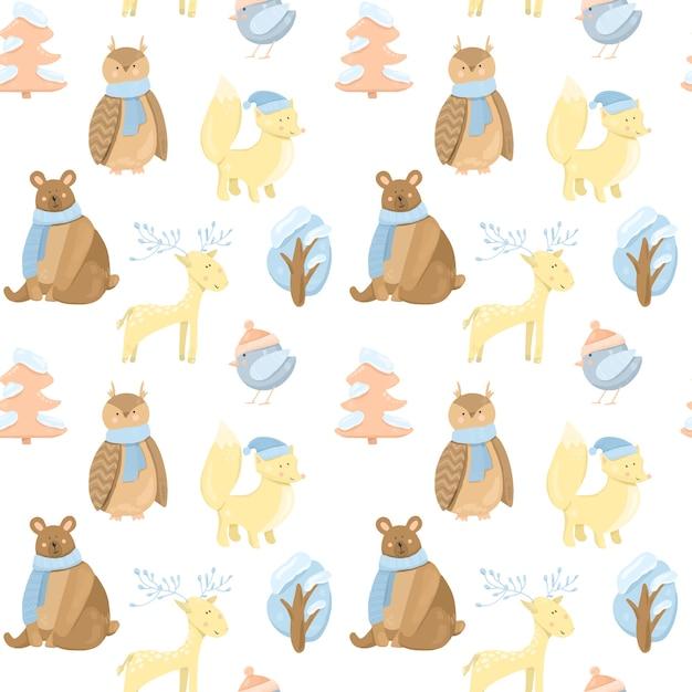 Бесшовный фон с милыми зимними животными (медведь, лиса, сова, олень, птица) и деревьями Premium векторы