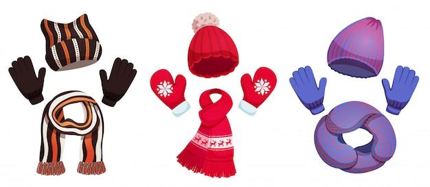 Сезонные зимние шарфы шляпы с тремя наборами красочных иллюстраций одежды холодной погоды Бесплатные векторы