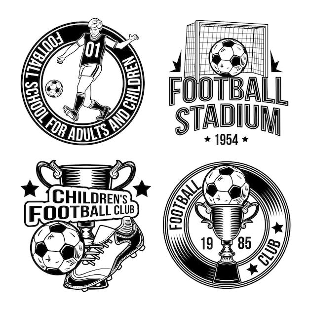 Set di emblemi di calcio Vettore gratuito