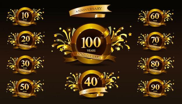 Набор юбилейного логотипа и золотой лентой. дизайн эмблемы празднования золотой годовщины Premium векторы