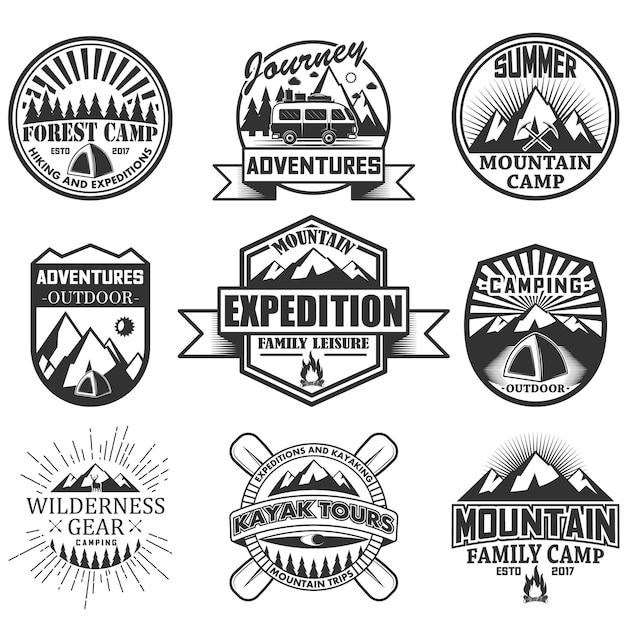 Набор объектов для кемпинга, изолированные на белом фоне. иконки и эмблемы путешествия. приключение на открытом воздухе, горы, палатка, автомобиль, рафтинг, костер. Premium векторы