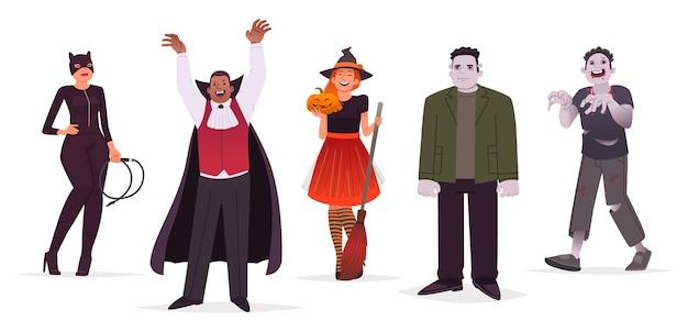 흰색 배경에 할로윈 의상을 입은 문자 남성과 여성의 집합입니다. 고양이 소녀, 마녀, 괴물 및 좀비. 플랫 스타일의 그림. 프리미엄 벡터