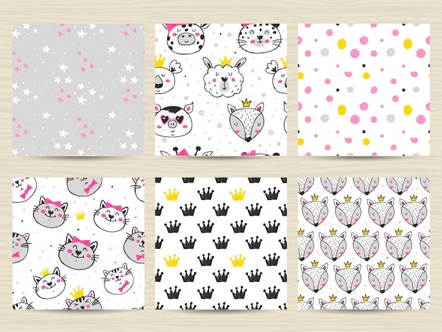 猫、キツネ、ラマ、コアラと幼稚なシームレスパターンのセット Premiumベクター