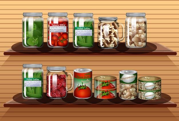 다른 항아리에 다른 야채와 벽 선반에 통조림 식품 세트 무료 벡터