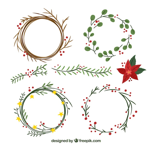 Set of hand-drawn christmas wreaths Free Vector