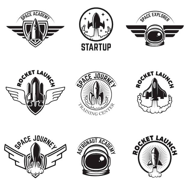 スペースラベルのセット。ロケット打ち上げ、宇宙飛行士アカデミー。ロゴ、ラベル、エンブレム、記号の要素。図 Premiumベクター