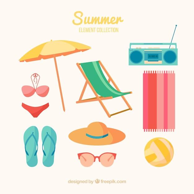 Набор летних элементов в плоском стиле Бесплатные векторы
