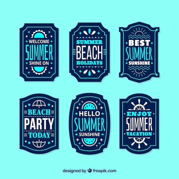 Set of summer labels with beach elements in flat style Free Vector