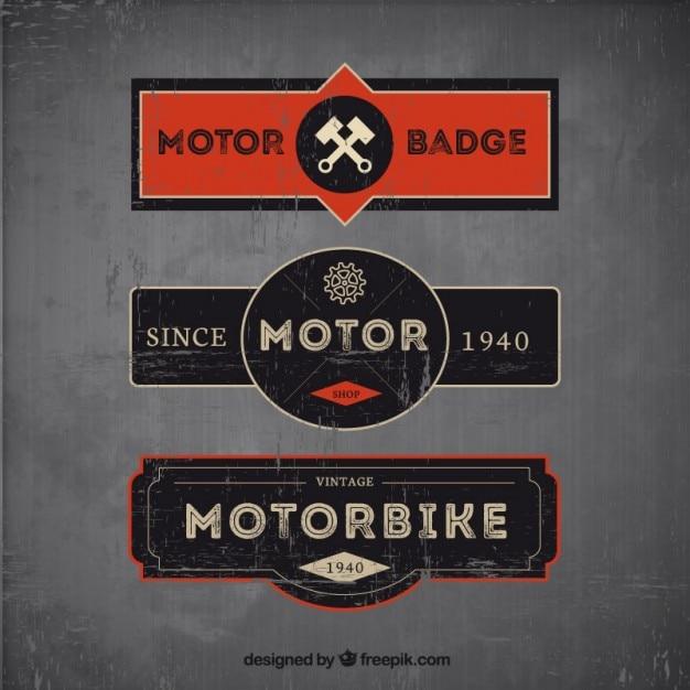 مجموعه ای از سه موتور سیکلت مدالها در سبک های پرنعمت