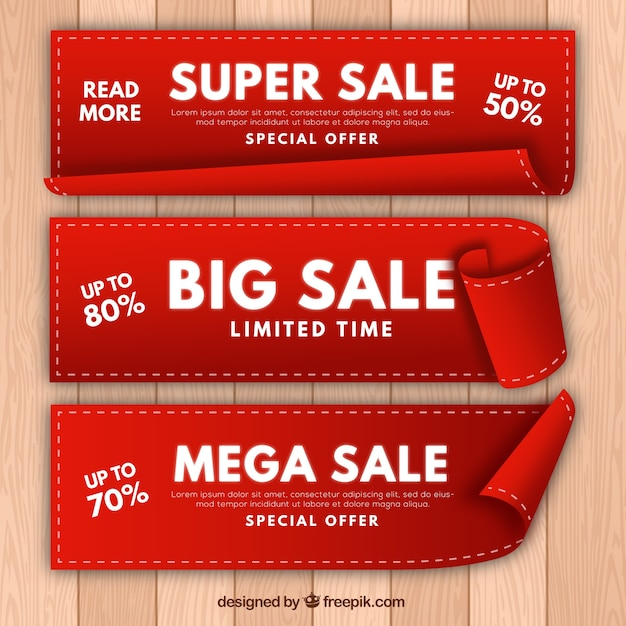 Set of three realistic sale banners Free Vector