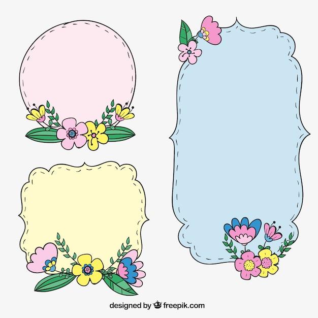 مجموعه ای از سه برچسب محصول با جزئیات گل