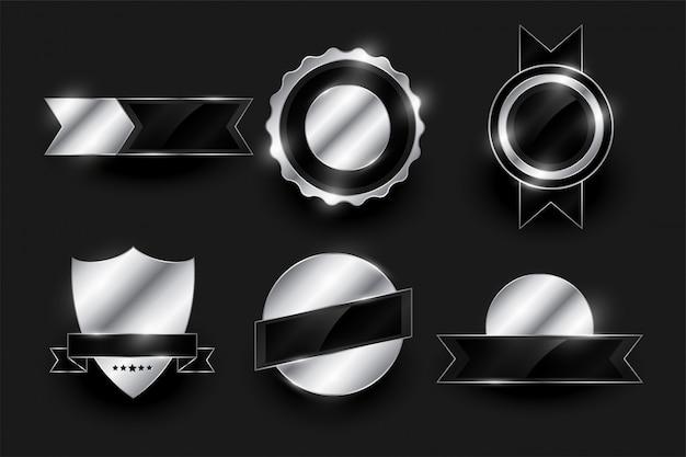 Set di etichette e distintivi d'argento lucidi Vettore gratuito