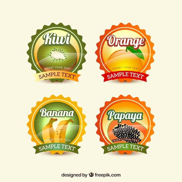 Несколько круглых наклеек с фруктами Бесплатные векторы