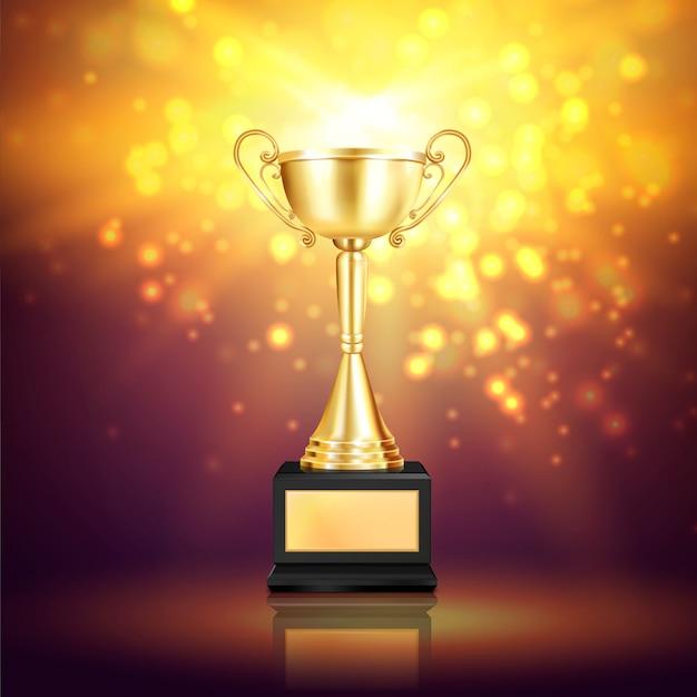 きらびやかな粒子と台座の勝者ゴールデンカップのイメージで光沢のあるトロフィー賞の現実的な構成 無料ベクター