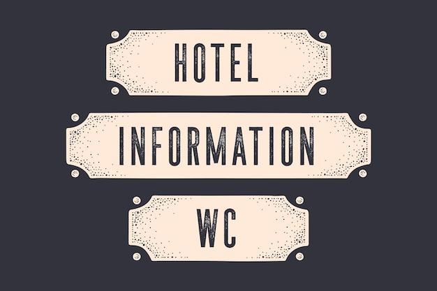 Вывеска гостиница, информация, wc. баннер в винтажном стиле с фразой, старинной графикой гравюры старой школы. нарисованный от руки . знак старой школы, дверной знак, баннер с текстом. Premium векторы