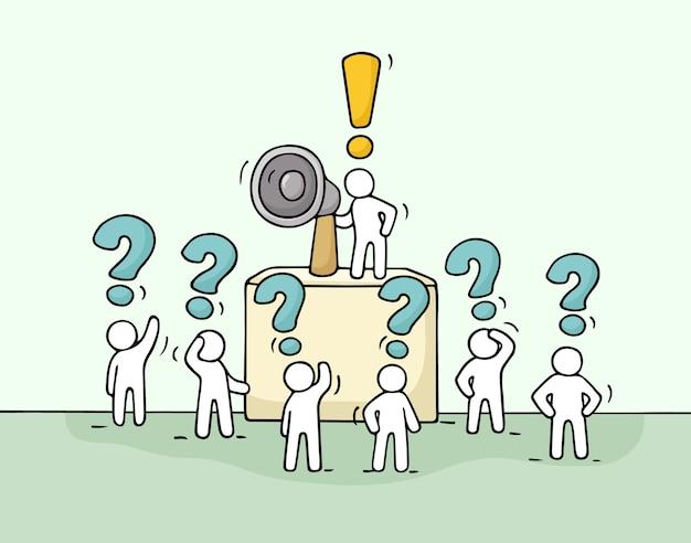 Нарисуйте толпу маленьких людей с вопросами. милая миниатюра каракули с лидером на трибуне и мегафоном. рисованной иллюстрации шаржа Premium векторы
