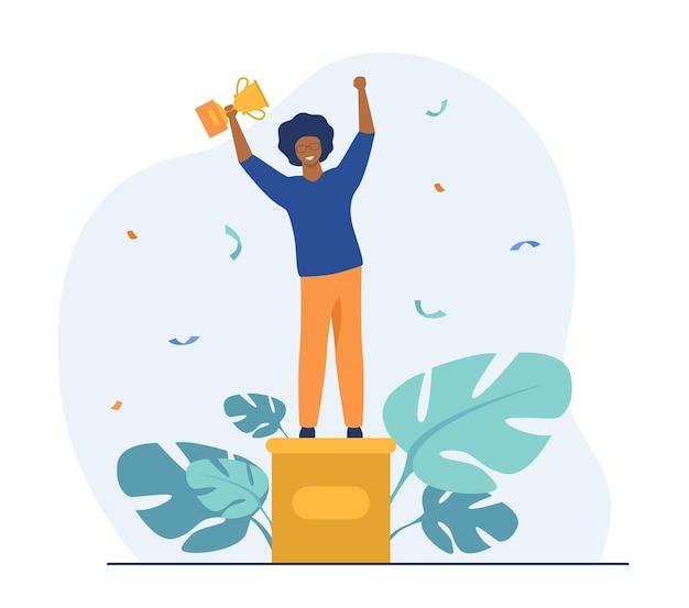 賢い男が賞を受賞。金色のカップを持って、台座の上に立っている勝者。漫画イラスト 無料ベクター